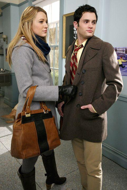 Erfahren, dass sie in Yale angenommen wurden: Dan (Penn Badgley, r.) und Serena (Blake Lively, l.) ... - Bildquelle: Warner Brothers
