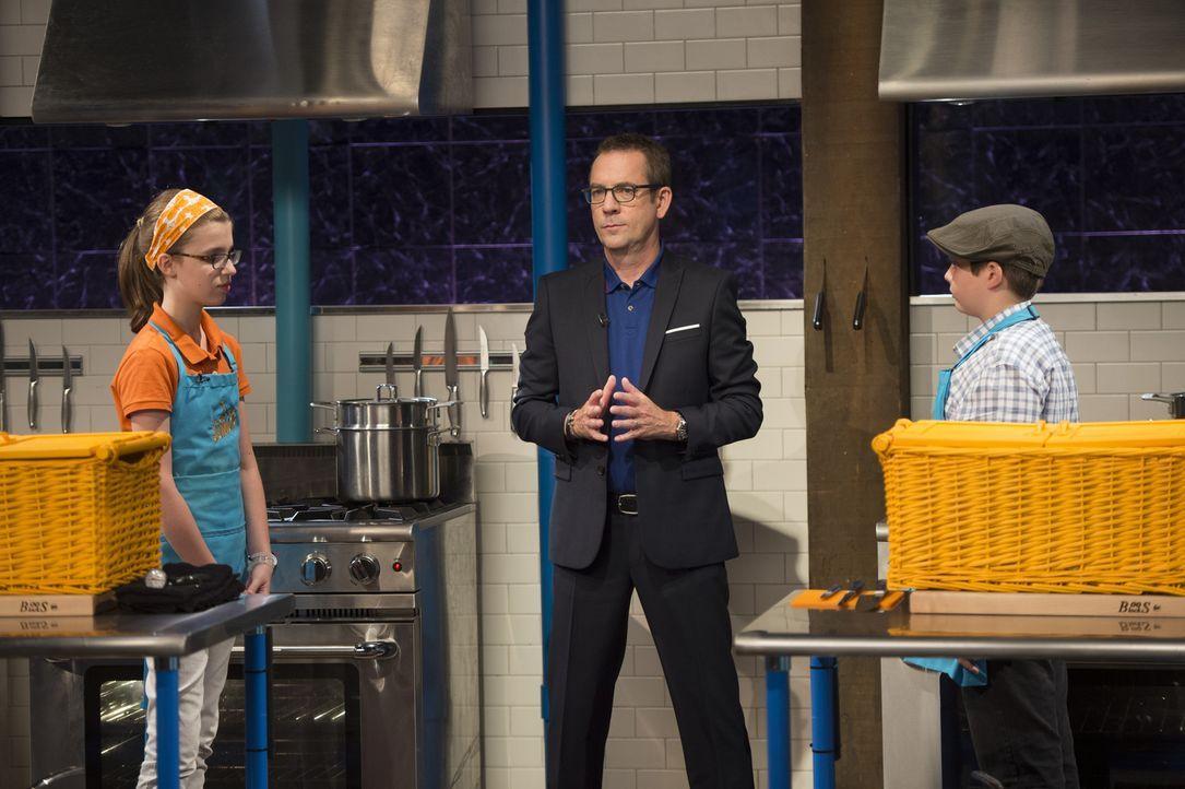 New Yorkerin Ally (l.) liebt die französische Küche und Henrys (r.) Kochkünste wurden durch seine Reisen inspiriert. Wer stellt sich in Ted Allens (... - Bildquelle: Scott Gries 2015, Television Food Network, G.P. All Rights Reserved