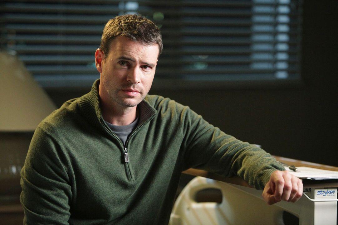 Teddy versucht, all ihre Kraft für einen sterbenden Patienten (Scott Foley) aufzubringen, der keine ausreichende Versicherung vorweisen kann, um sic... - Bildquelle: ABC Studios