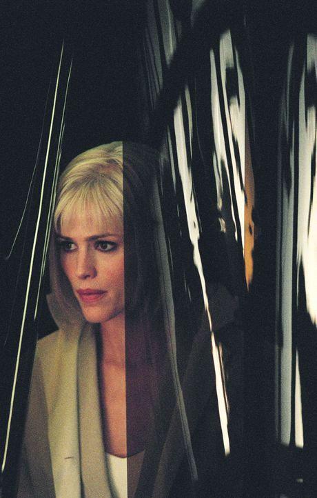 Sydney (Jennifer Garner) bei einem neuen spannenden Auftrag ... - Bildquelle: Touchstone Television