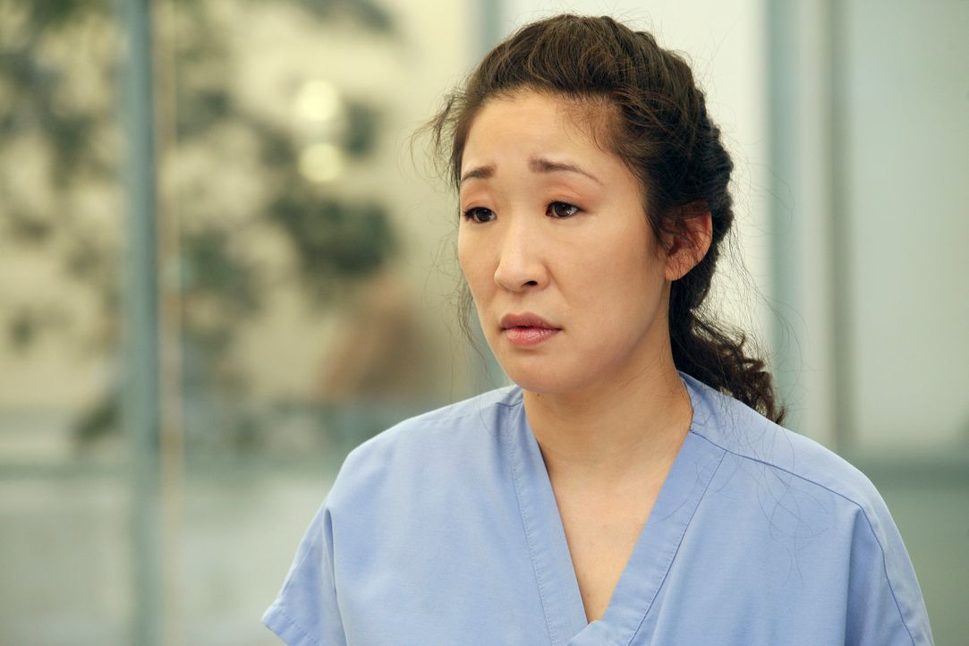 Cristina (Sandra Oh) hat  immer größere Angst, dass ihr Geheimnis, was Burkes hand betrifft, herauskommt ... - Bildquelle: Touchstone Television