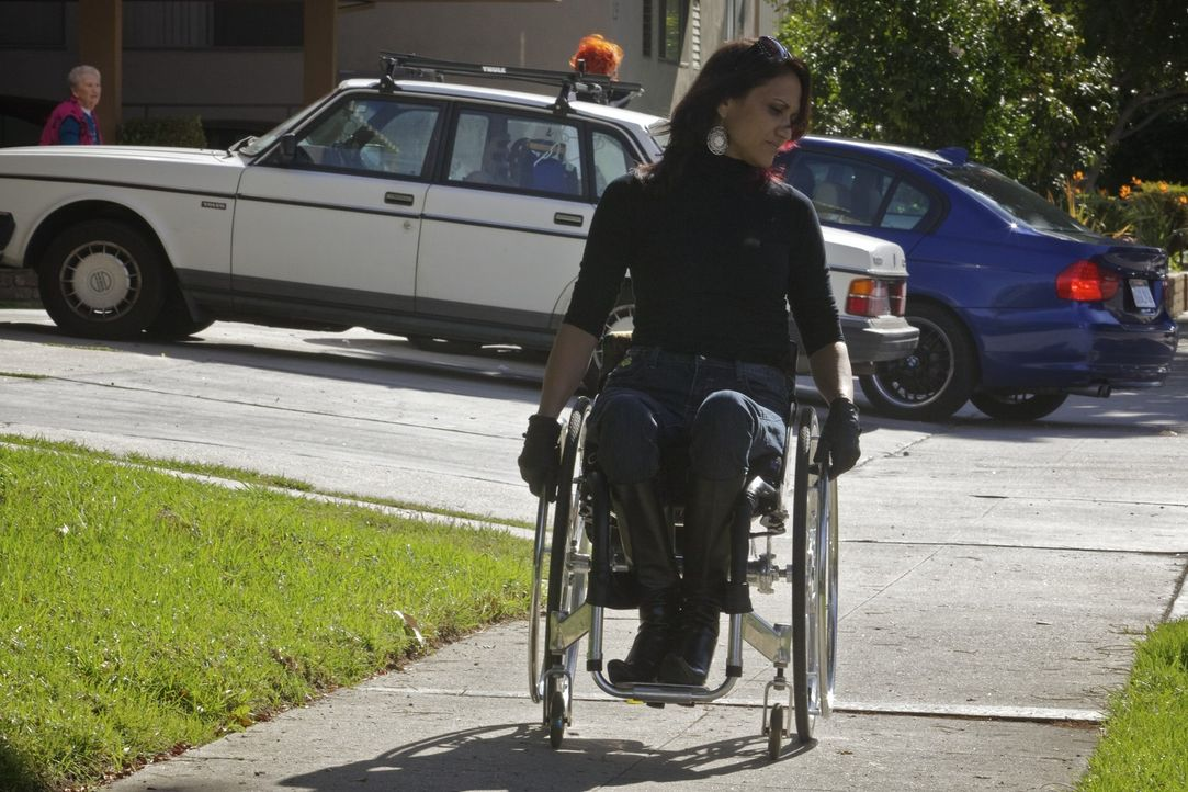 Angela feiert heute ihren zweiten Geburtstag: Zehn Jahre sind seit ihrem Unfall vergangen. Auch Auti (Bild) will sich die Party natürlich nicht ent... - Bildquelle: Sundance Channel