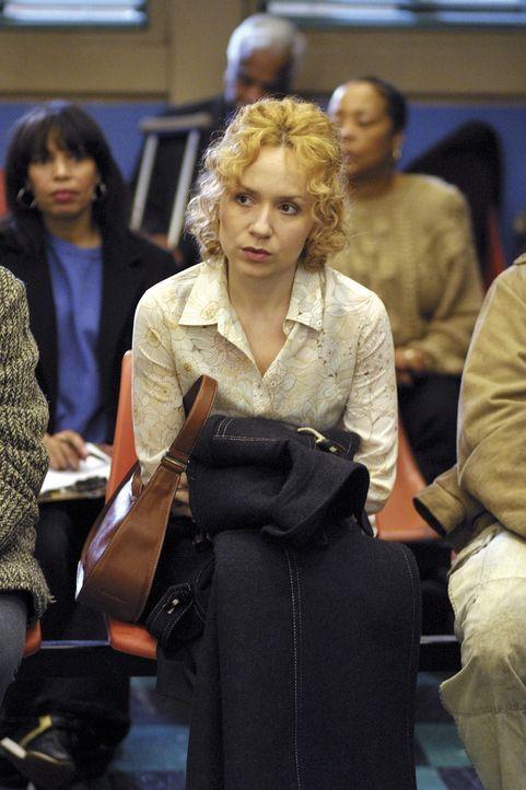 Dr. Kovac erwartet eine langjährige Freundin, die kroatische Ärztin Dr. Gordana Horvat (Nina Sablich), die das Chaos in einer amerikanischen Groß... - Bildquelle: TM+  2000 WARNER BROS.