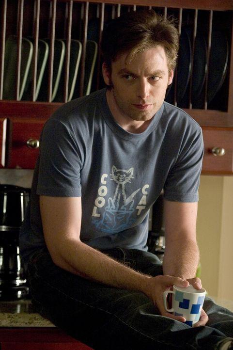 Zieht sich seine Dosis Koffein rein: Andy (Justin Kirk) ... - Bildquelle: Lions Gate Television