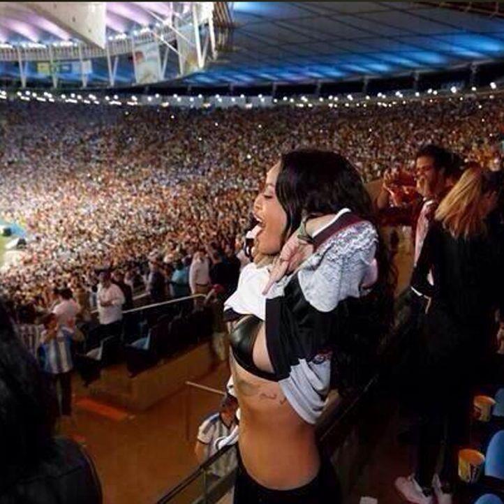 Rihanna: TOP 10 Twitter-Bilder zum WM-Sieg-2014 - Platz 6 - Bildquelle: Twitter (rihanna)