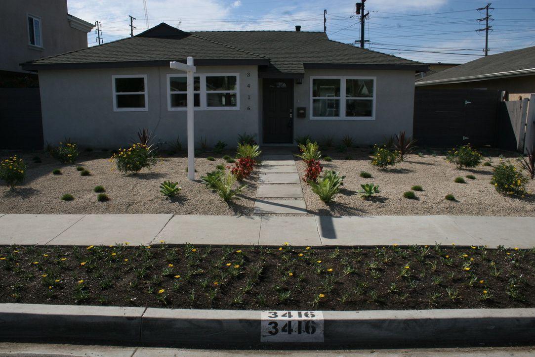 Tarek und Christina werden auf ein Haus in Torrance, Kalifornien aufmerksam, doch das Haus ist in einem sehr schlechten Zustand. Werden sich die Mak... - Bildquelle: 2015,HGTV/Scripps Networks, LLC. All Rights Reserved