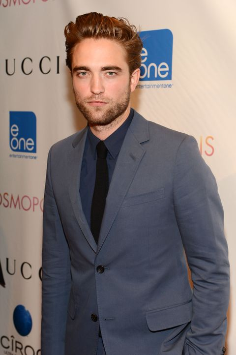 Robert Pattinson auf dem Roten Teppich für die Premiere von Cosmopolis - Bildquelle: AFP