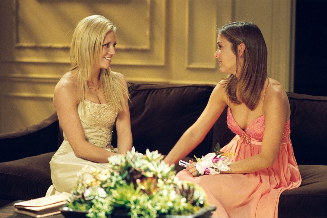 Noch sind die einzigen Sorgen, die Donna (Brittany Snow, l.) und Claire (Jessica Stroup, r.) haben, die typischen Jungs-Probleme ... - Bildquelle: 2008 Screen Gems, Inc. and Miramax Film Corp. All Rights Reserved.