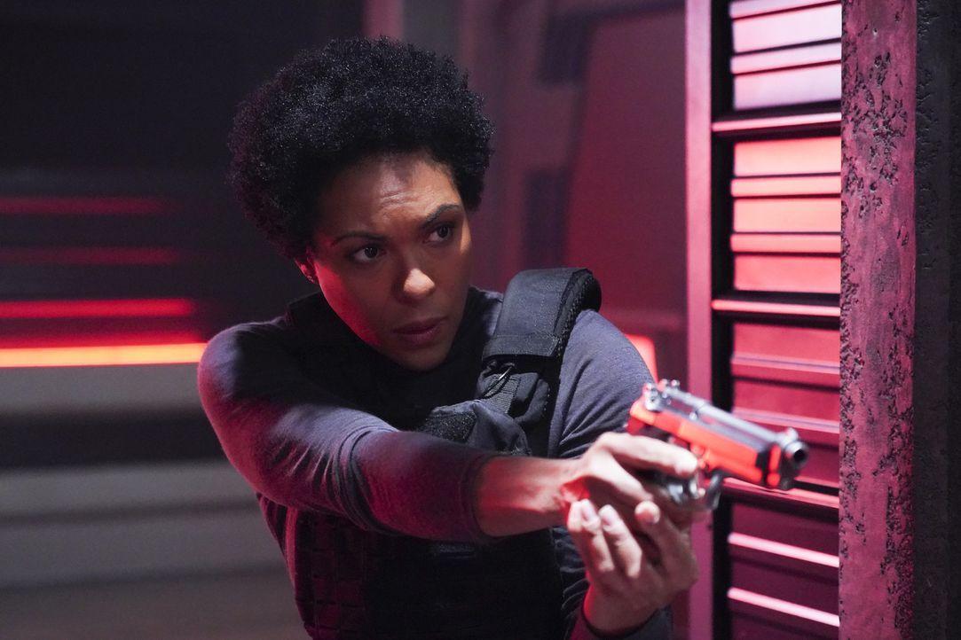Colonel Lauren Haley (April Parker Jones) - Bildquelle: Shane Harvey 2018 The CW Network, LLC. All Rights Reserved.