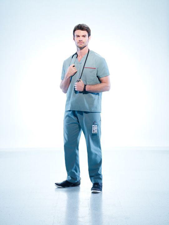 (1. Staffel) - Hin und wieder geht Dr. Joel Goran (Daniel Gillies) hohe Risiken ein, was bei seinen Kollegen nicht immer gut ankommt ... - Bildquelle: 2012  Hope Zee One Inc.