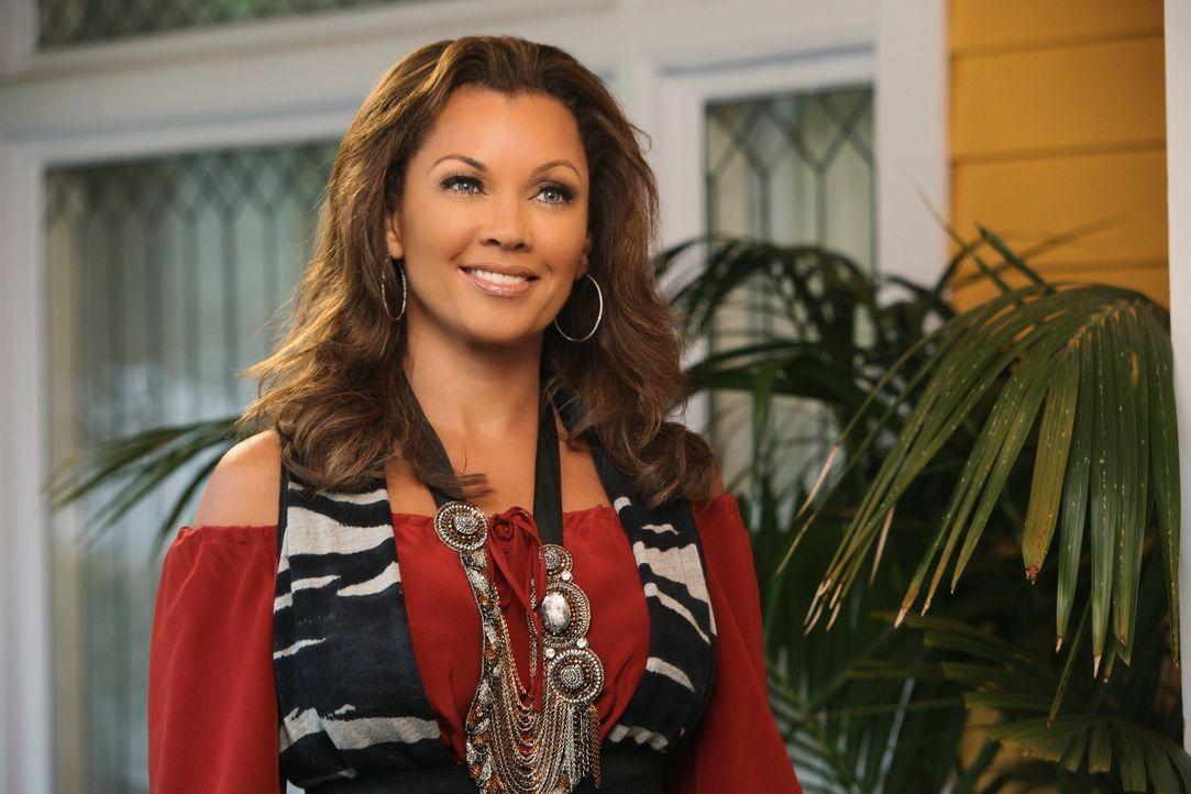 Während Beth versucht mehr über Paul herauszufinden, lädt Renee (Vanessa Williams) Lynette und ihre Familie zu Thanksgiving ein ... - Bildquelle: ABC Studios