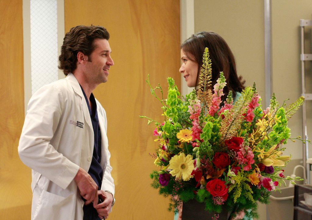Meredith liefert sich nicht nur einen Wettkampf mit Izzie, Cristina und Alex, sondern muss auch damit fertig werden, dass Derek (Patrick Dempsey, l.... - Bildquelle: Touchstone Television