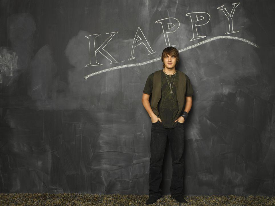 (3. Staffel) - Cappie (Scott Michael Foster), Präsident der Party-Verbindung Kappa Tau, ist der wilde Ex-Freund von Casey. Aber hinter Cappie steckt... - Bildquelle: 2008 ABC Family