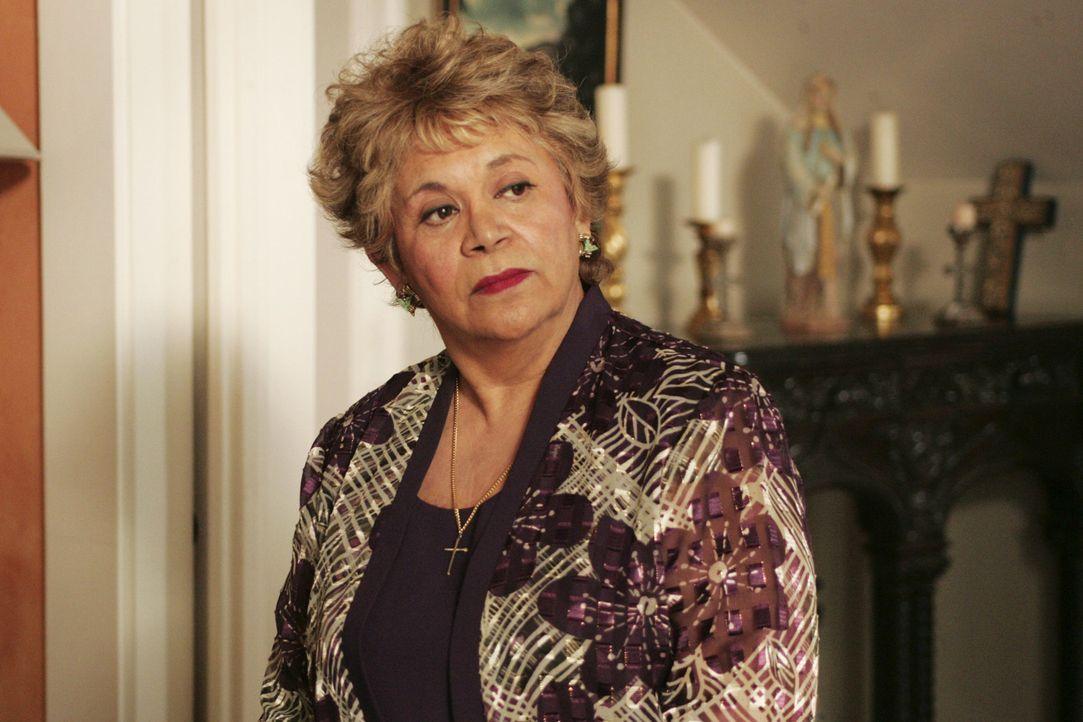 Will ihre Schwiegertochter des Ehebruchs überführen: Juanita Solis (Lupe Ontiveros) ... - Bildquelle: Touchstone Television