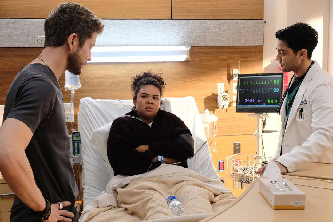 (v.l.n.r.) Dr. Conrad Hawkins (Matt Czuchry); Marisol Garcia (Melissa DuPrey); Dr. Devon Pravesh (Manish Dayal) - Bildquelle: 2018-2019 Twentieth Century Fox Film Corporation. All rights reserved.