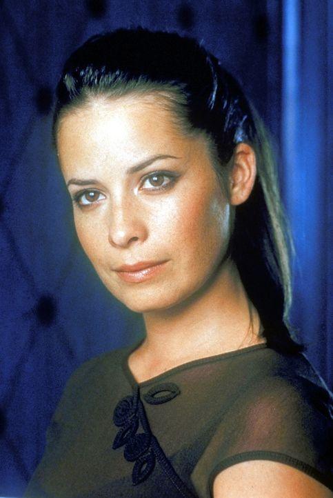 (2. Staffel) - Gemeinsam mit ihren Schwestern kämpft Piper (Holly Marie Combs) gegen das Böse ... - Bildquelle: Paramount Pictures
