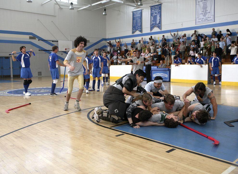 Der Sieg ist auf ihrer Seite: die Kappa Taus ... - Bildquelle: 2007 ABC FAMILY. All rights reserved. NO ARCHIVING. NO RESALE.