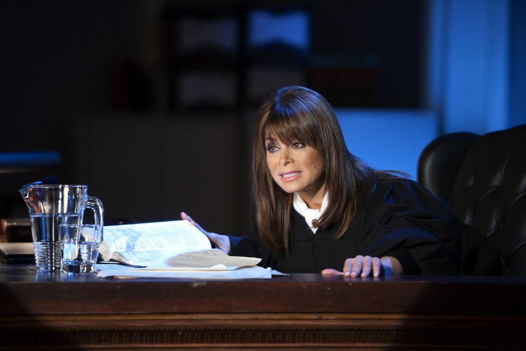 Die allwissende Richterin Paula Abdul (Paula Abdul) erscheint Jane im Traum ... - Bildquelle: 2009 Sony Pictures Television Inc. All Rights Reserved.
