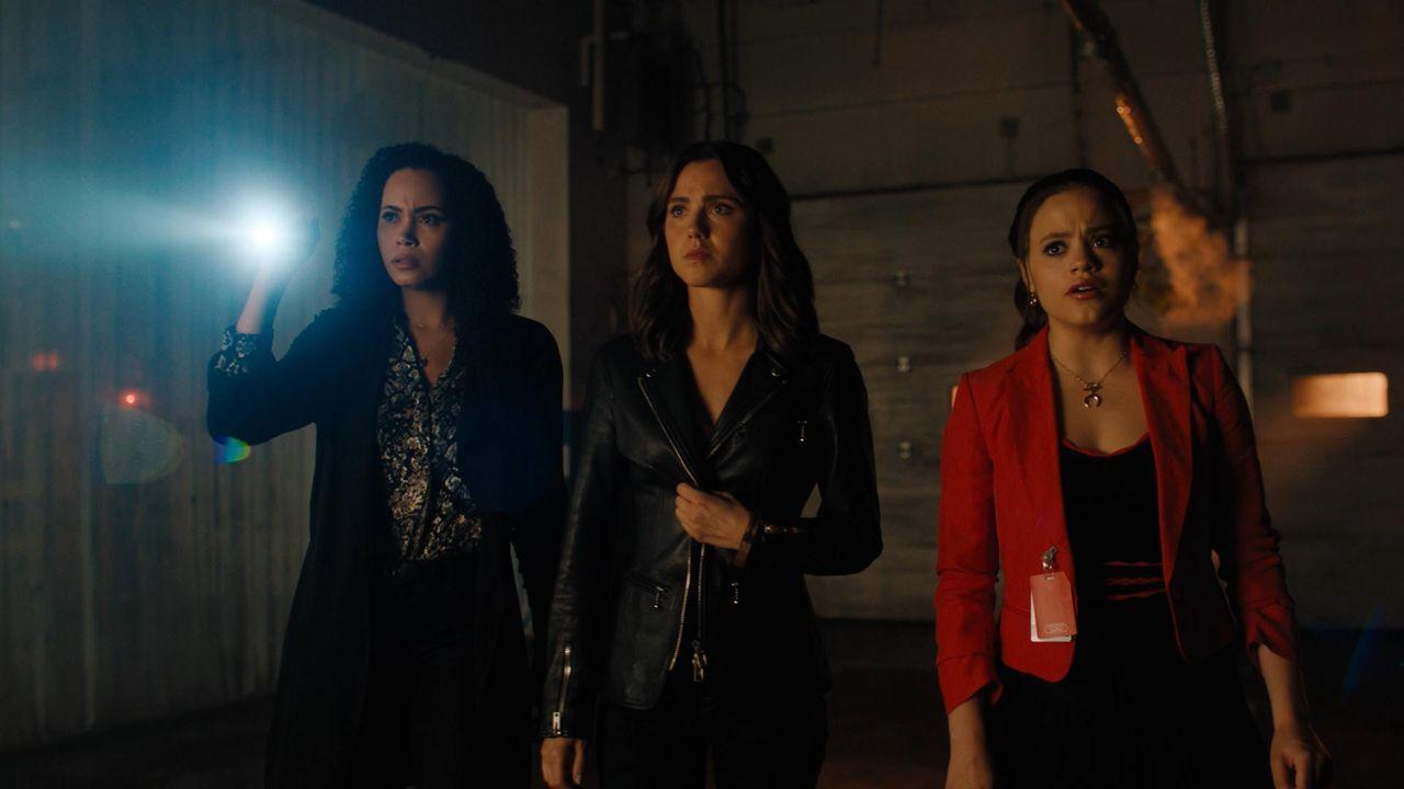 (v.l.n.r.) Macy Vaughn (Madeleine Mantock); Abigael (Poppy Drayton); Maggie Vera (Sarah Jeffery) - Bildquelle: 2019 The CW Network, LLC. All Rights Reserved.