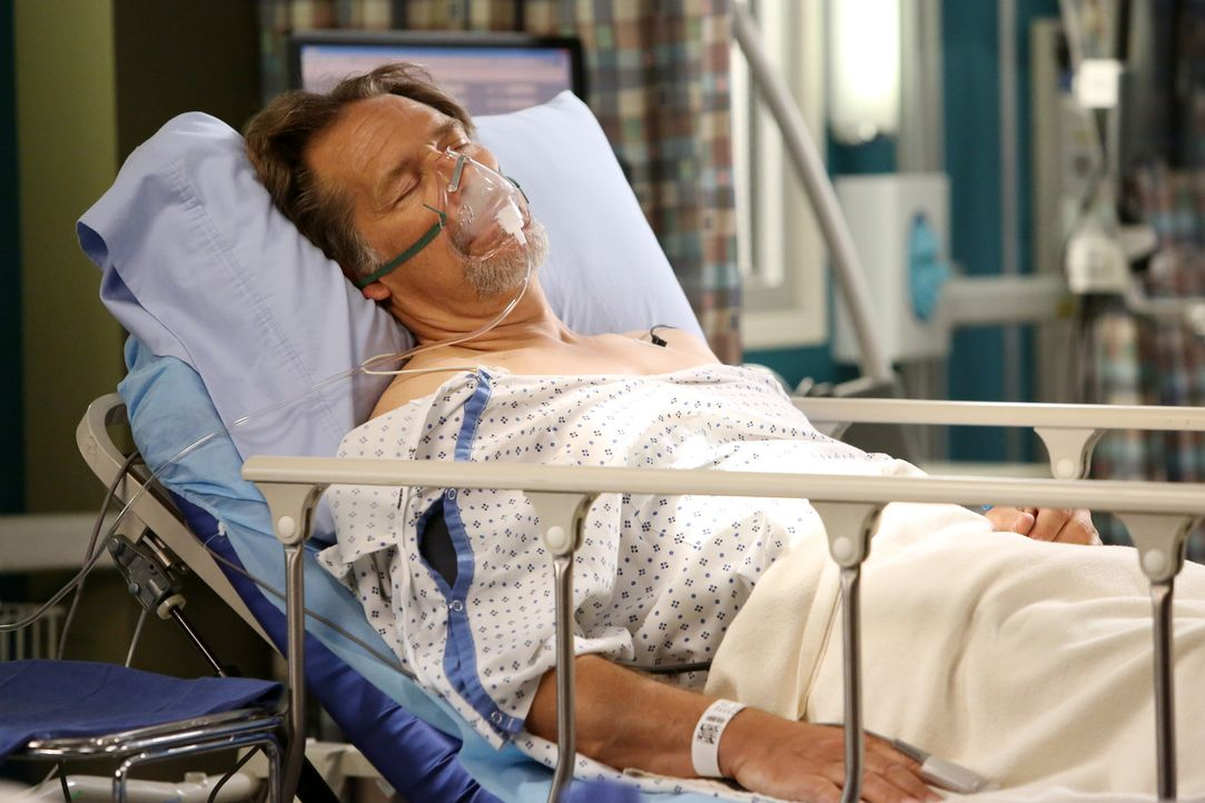 Alex befürchtet, dass der drogen- und alkoholabhängige Jimmy Evans (James Remar) sein Vater sein könnte, den er schon zwei Jahrzehnte nicht mehr... - Bildquelle: ABC Studios