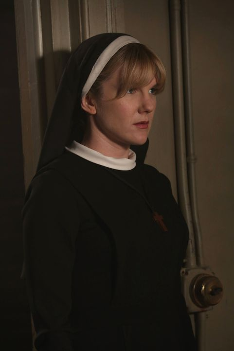 Jahr 1964: Für Dr. Arthur Arden tut Schwester Mary Eunice McKee (Lily Rabe) alles ... - Bildquelle: 2012-2013 Twentieth Century Fox Film Corporation. All rights reserved.