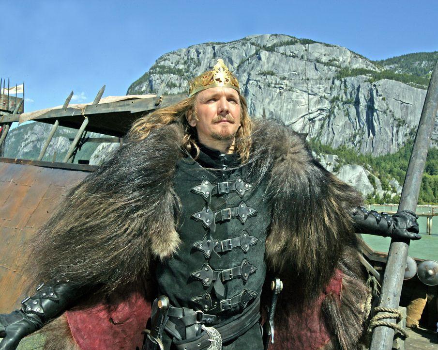 Der amoralische König Tygath (Sebastian Roché), Führer der Namenlosen, träumt von einem allumspannenden Reich ... - Bildquelle: 2004 Hallmark Entertainment Distribution, LLC