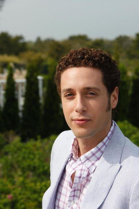 Evan R. Lawson (Paulo Costanzo) ist sehr zuversichtlich was die finanzielle Situation von sich und seinen Bruder betrifft ... - Bildquelle: Universal Studios
