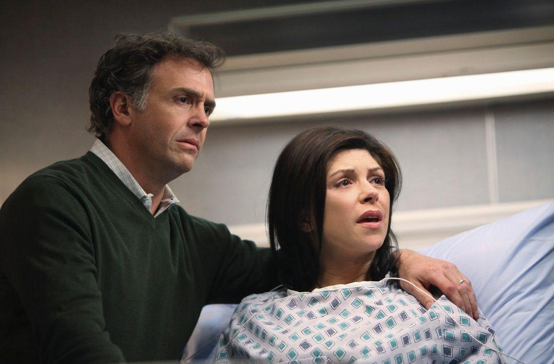 Addison muss sich um Frank (David Eigenberg, l.) und Isobelle (Amy Pietz, r.) kümmern, die ein Baby mit einer schweren Herzmissbildung erwarten ... - Bildquelle: ABC Studios