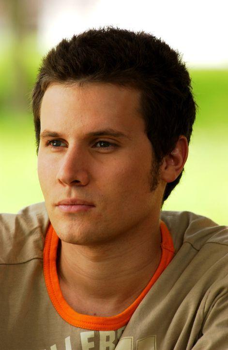 Kris Lernche (Cute Boy/God) - Bildquelle: Sony Pictures Television