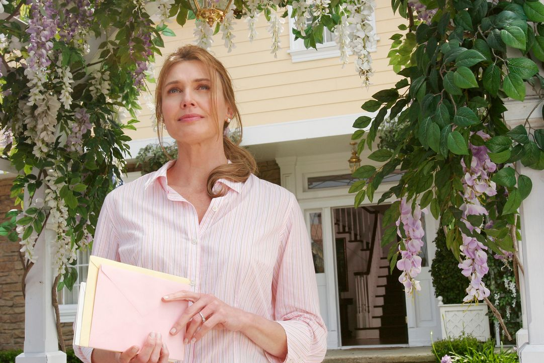 Erinnerungen an alten Zeiten: Mary Alice (Brenda Strong) ... - Bildquelle: 2005 Touchstone Television  All Rights Reserved