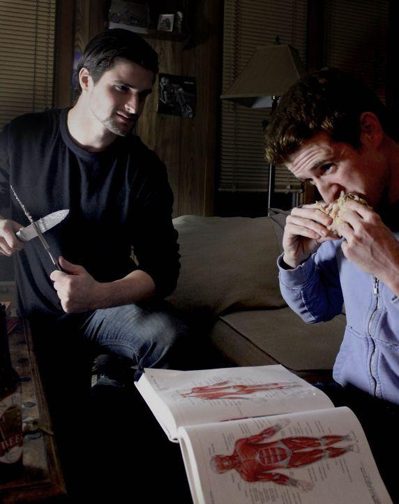 Jonathan Lawrence (r.) und Jeremiah Rodgers (l.) entdecken eine tödliche Vorliebe ... - Bildquelle: M2 Pictures
