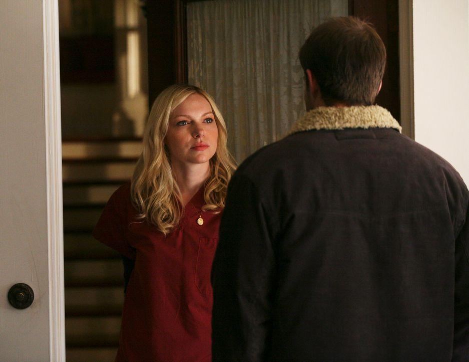 Schluss mit den Lügen: Eddie (Geoff Stults, r.) redet Hannah (Laura Prepon, l.) ins Gewissen und möchte, dass sie Nick die Wahrheit nicht länger ver... - Bildquelle: ABC Studios