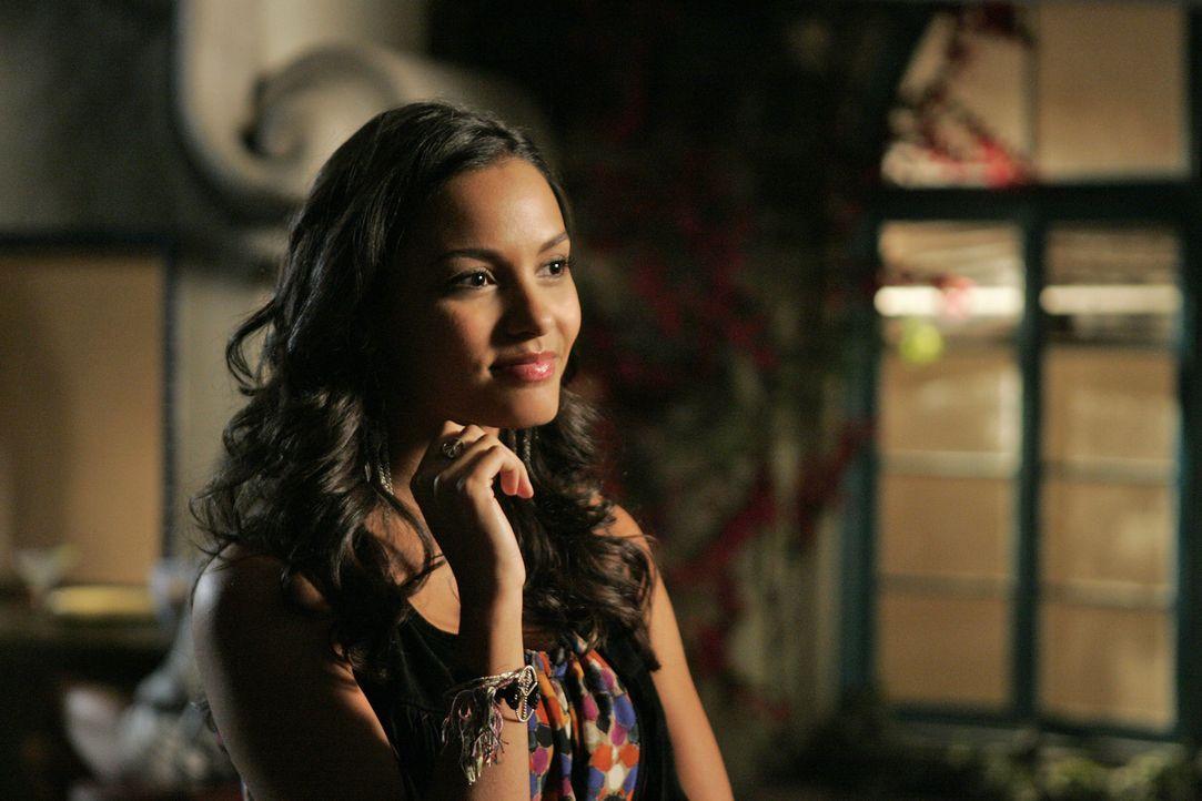 In Sachen Liebe hat Riley (Jessica Lucas) zur Zeit keinen Erfolg - im Job hingegen kann sie überzeugen... - Bildquelle: 2009 The CW Network, LLC. All rights reserved.