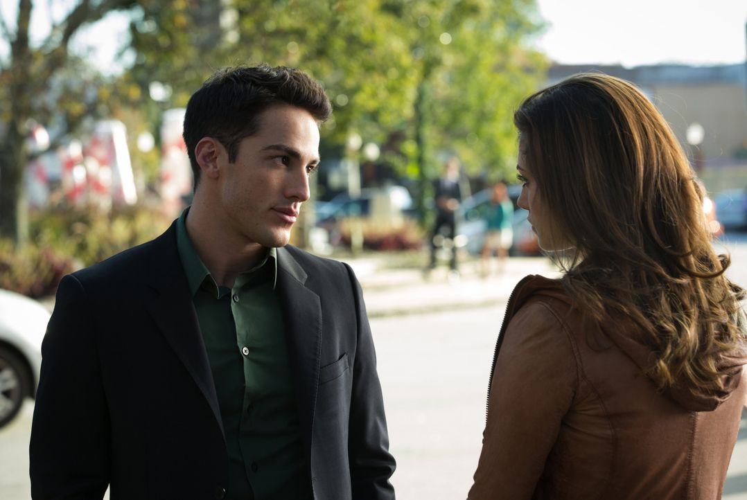 Tyler Lockwood und Hayley - Bildquelle: Warner Bros. Entertainment Inc.