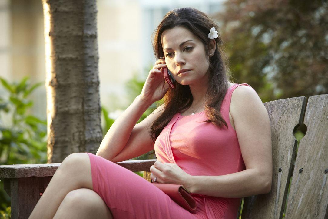 Macht Charlie nun doch noch einen Rückzieher? Die Verzweiflung steht Dr. Alex Reid (Erica Durance) ins Gesicht geschrieben ... - Bildquelle: 2013 NBC Studios, LLC