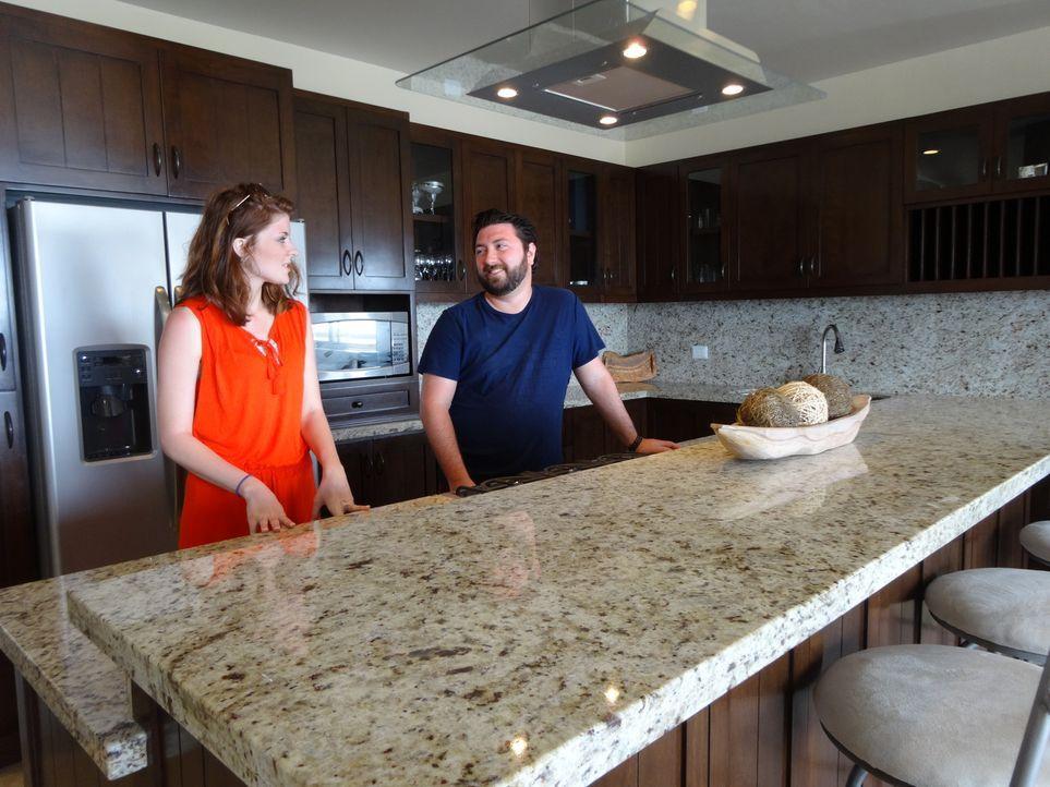 Dustin (r.) und seine Schwester Brittany (l.) machen sich auf die Suche nach einem perfekten Haus in Mexiko ... - Bildquelle: 2014, HGTV/Scripps Networks, LLC. All Rights Reserved.