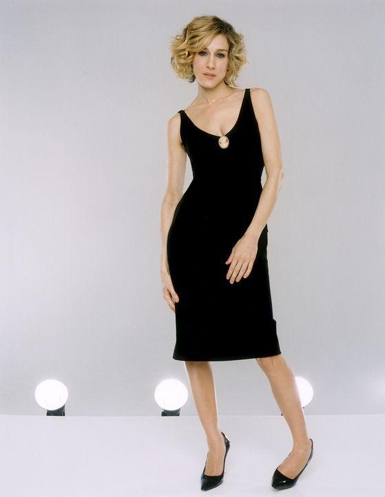 (5. Staffel) - Carrie Bradshaw (Sarah Jessica Parker) ist wieder Single und stürzt sich ins Nachtleben von New York. Zusammen mit ihren Freundinnen... - Bildquelle: Paramount Pictures