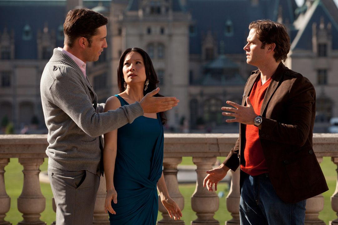 Rae (Lucy Liu, M.) muss sich jetzt entscheiden zwischen Luke (Steven Pasquale, r.) und Harry (Enrique Murciano, l.). Doch kann sie das auch? - Bildquelle: Bob Mahoney CPT Holdings, Inc.  All Rights Reserved.     (Sony Pictures Television International)