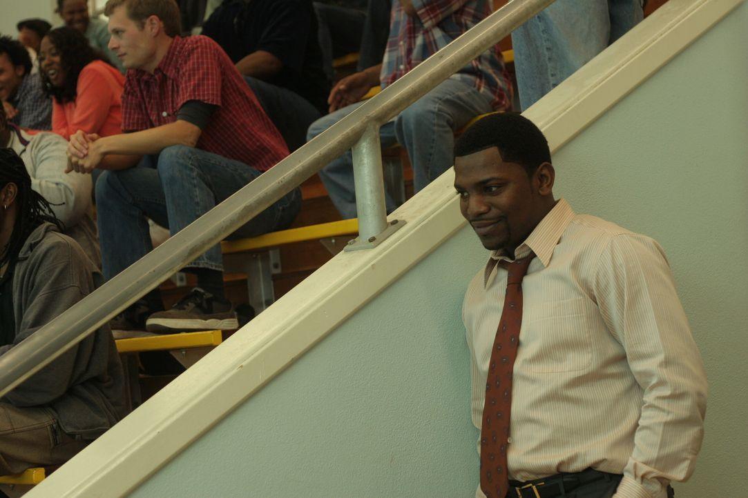 Pratt (Mekhi Phifer) lernt seine neue Familie näher kennen ... - Bildquelle: Warner Bros. Television