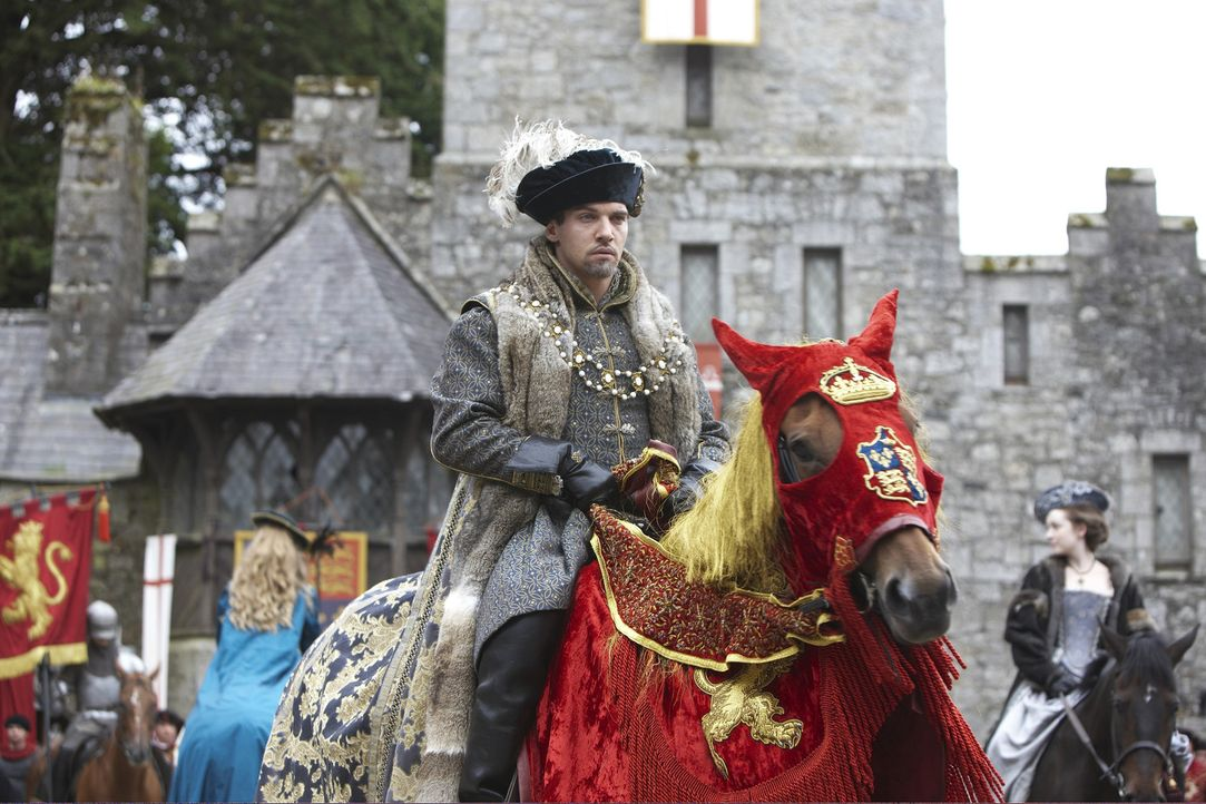 Kehrt wie neugeboren von seiner Reise nach Nordengland an den Hof zurück: König Henry VIII. (Jonathan Rhys Meyers) ... - Bildquelle: 2010 TM Productions Limited/PA Tudors Inc. An Ireland-Canada Co-Production. All Rights Reserved.