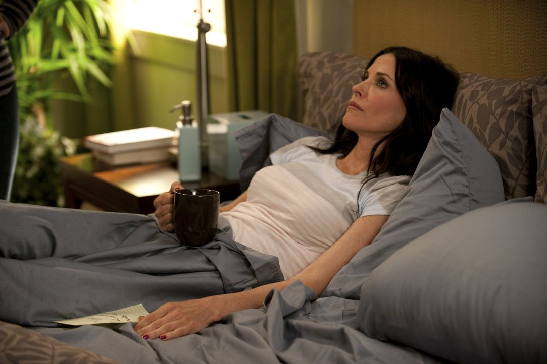 Ist besorgt um Travis: Jules (Courteney Cox) ... - Bildquelle: 2010 ABC INC.