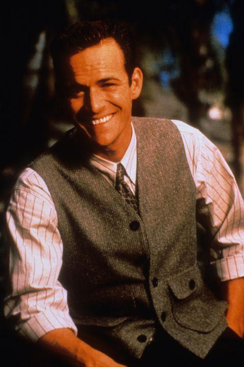 (6. Staffel) - Er ist reich, gutaussehend und alle haben Respekt vor ihm: Dylan McKay (Luke Perry) - Bildquelle: Paramount Pictures