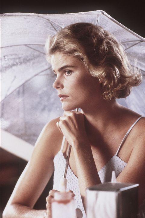 Christine (Mariel Hemingway) macht sich große Sorgen um ihren Freund Malcolm ... - Bildquelle: Orion Pictures Corporation