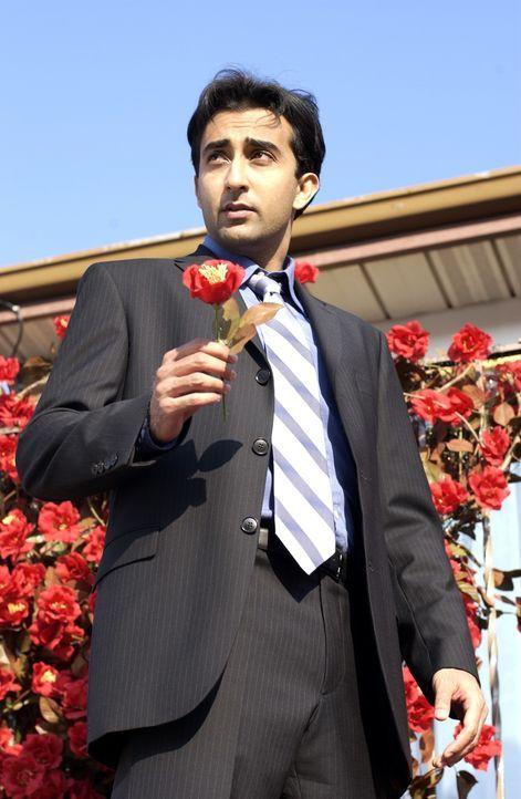 Um seiner Familie die Schande zu ersparen, sucht Rahul (Rahul Khanna) nach seiner Traumfrau. Denn er muss heiraten, damit seine schwangere Schwester... - Bildquelle: Universum Film