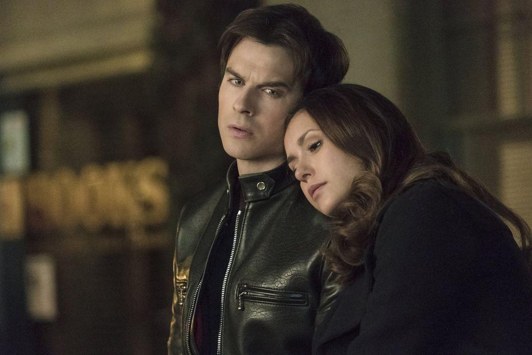 Elena und Damon