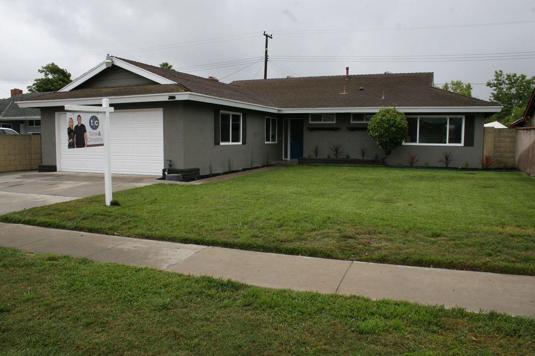 Werden Christina und Tarek mit einer Immobilie in Santa Ana einen guten Gewinn einfahren? - Bildquelle: 2015,HGTV/Scripps Networks, LLC. All Rights Reserved