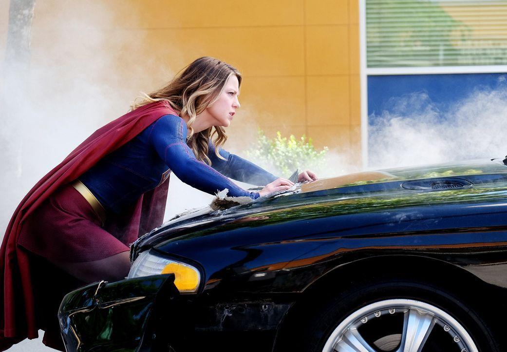 Muss ihre Superkräfte einsetzen, um Schlimmeres zu verhindern: Kara alias Supergirl (Melissa Benoist) ... - Bildquelle: 2016 Warner Bros. Entertainment, Inc.