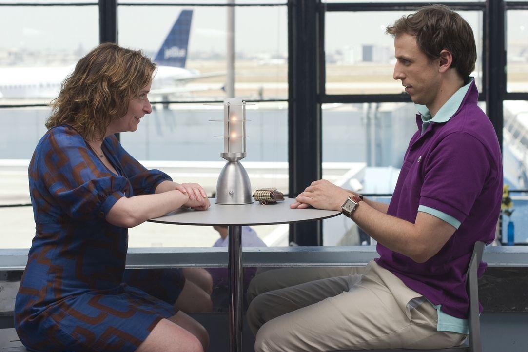 Zwischen Judi (Rachel Dratch, l.) und William (Seth Meyers, r.) bahnt sich etwas an ... - Bildquelle: Warner Bros.