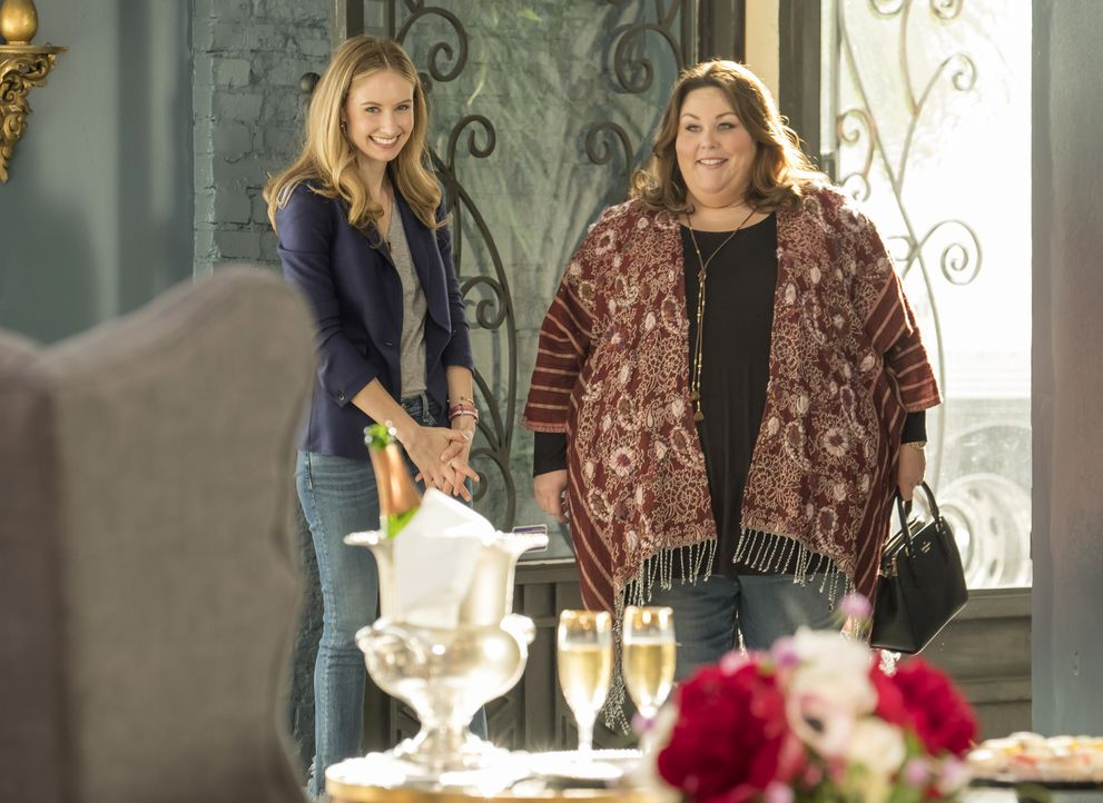 (v.l.n.r.) Madison (Caitlin Thompson); Kate Pearson (Chrissy Metz) - Bildquelle: Ron Batzdorff 2017-2018 NBCUniversal Media, LLC.  All rights reserved./Ron Batzdorff