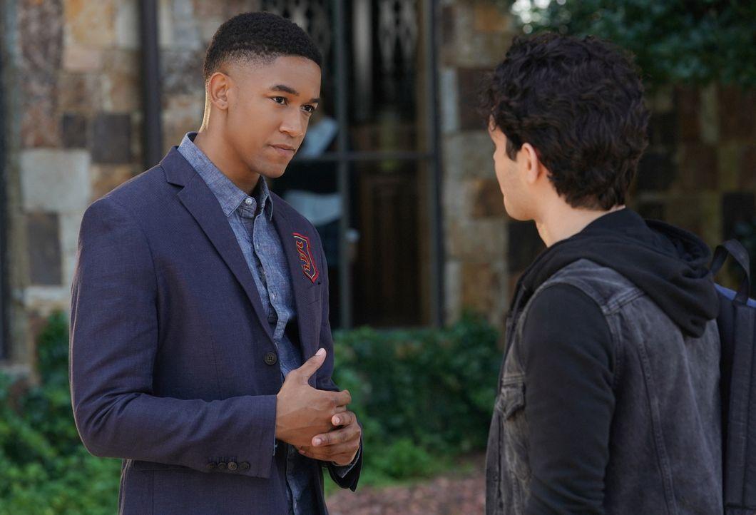 Rafael Waithe (Peyton Alex Smith, l.); Landon Kirby (Aria Shahghasemi, r.) - Bildquelle: Quantrell Colbert 2018 The CW Network, LLC. All Rights Reserved. / Quantrell Colbert